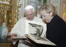 Papst Merkel.jpeg